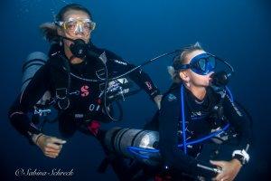 sidemount-diver